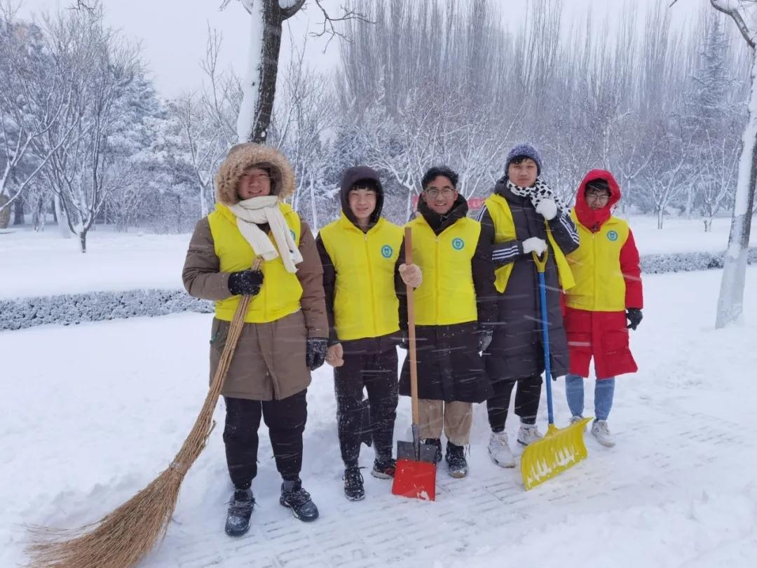 """滨州医学院情系残障学子  用爱心打造寒冬""""暖阳"""""""