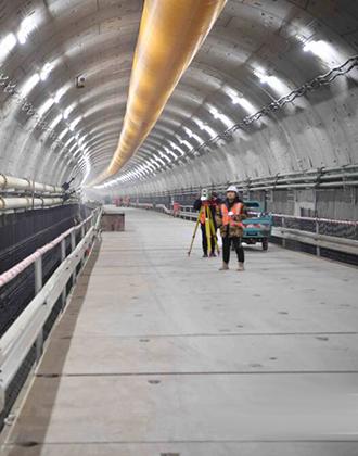 """穿越黄河4分钟 """"万里黄河第一隧""""济南黄河隧道贯通"""