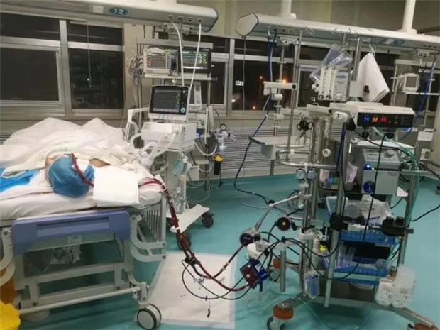 """9岁""""暴心""""男童几度生死一线!青岛妇儿医院数十科室通力合作转危为安"""