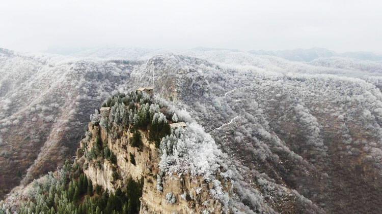 67秒|潍坊青州仰天山现早春雾凇 冰雪世界美不胜收