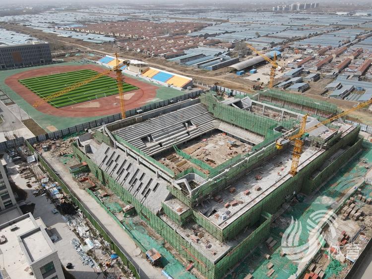 莒县体育馆预计9月底建成使用 将承担省运会羽毛球等赛事