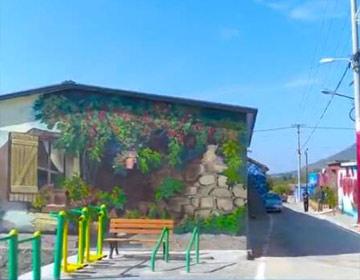 """泰安岱岳区农村院墙变身""""画板"""" 清明假期每天吸引上万游客"""