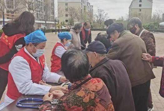 """东营经济技术开发区开展""""学党史 践初心""""健康义诊活动"""