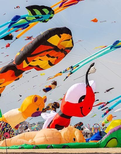 潍坊风筝节|把天空变成风筝大海