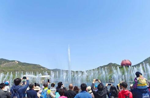 告别走马观花,悦享休闲度假.....假期第二天,青岛68家景区待客超68万