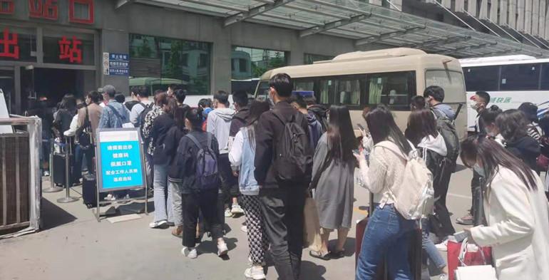 5月5日返程客流高峰,潍坊火车站送了4万人!