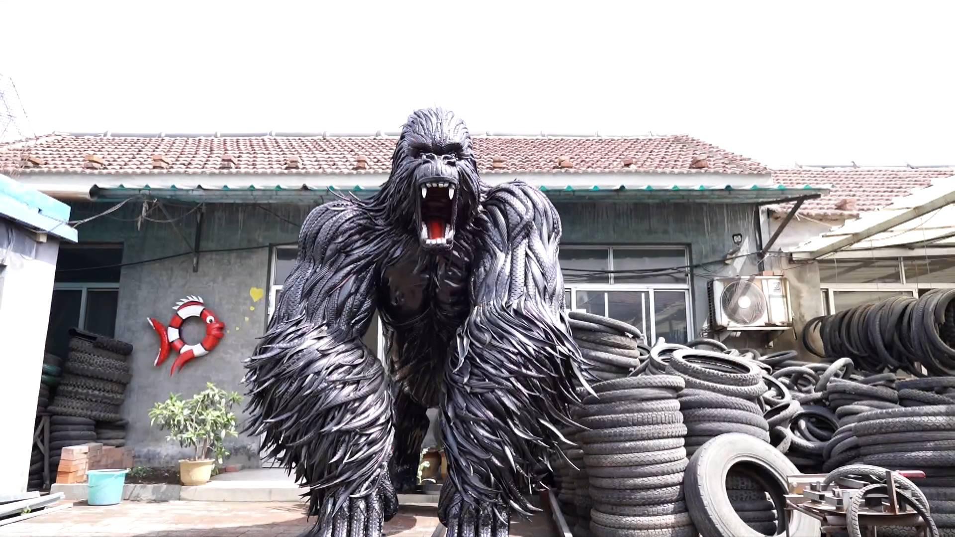 """淄博80后电焊工转行轮胎""""雕塑师"""""""