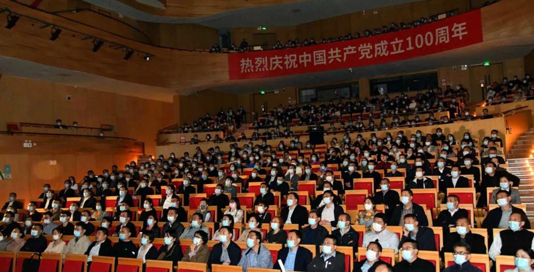 潍坊市组织观看红色经典影片《金刚川》