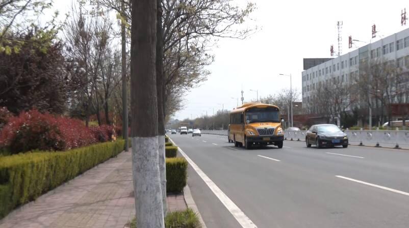 103张手绘校车地图 护航孩子求学之路