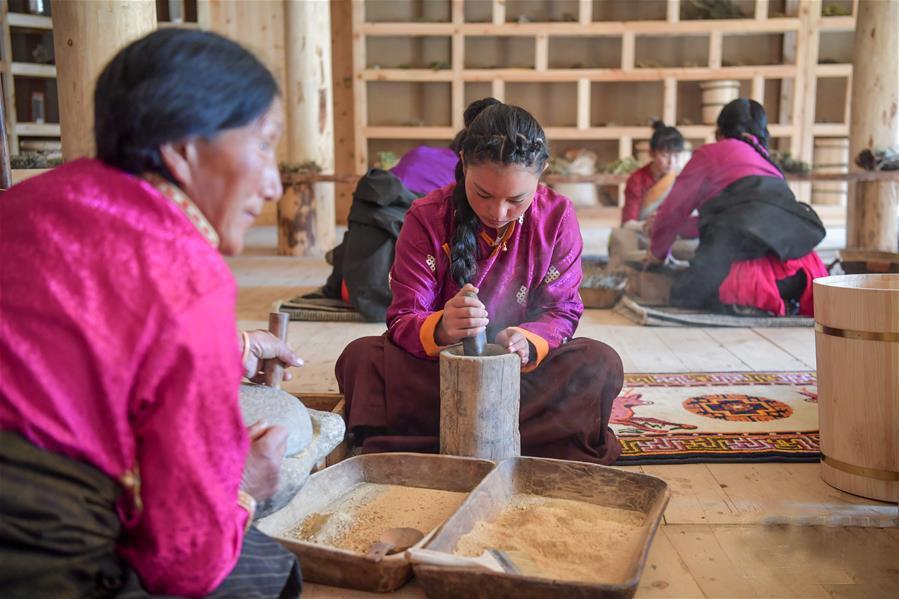 古法藏香的年轻传习人