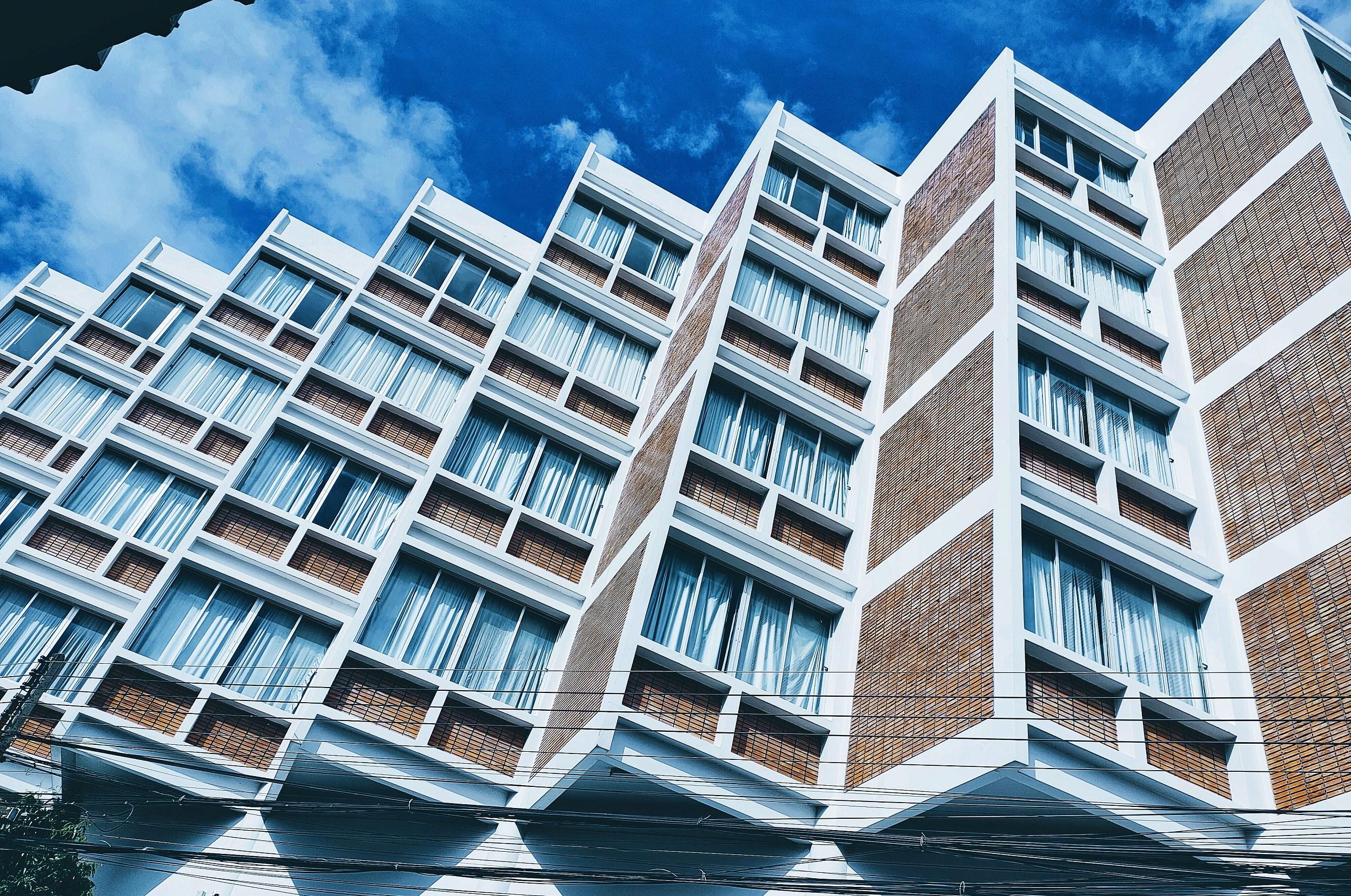 房地产金融迎强监管 中小银行成重点