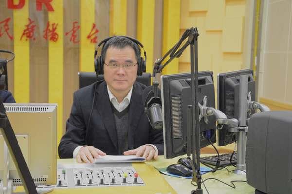 山东省新闻出版广电局做客《阳光政务热线》