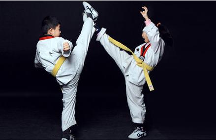 跆拳道练习—朱潇