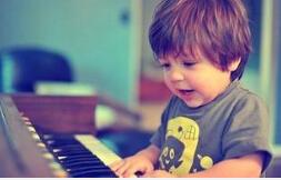 寓教于乐学钢琴