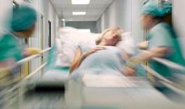 《身体健康》:急救羊水栓塞的产妇