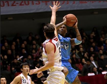 CBA第24轮:黄金男篮VS北京金隅(第一节)