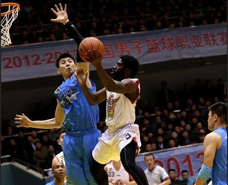 CBA第24轮:黄金男篮VS北京金隅(第三节)