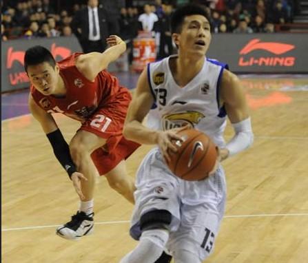 CBA第22轮:黄金男篮VS辽宁衡业(第三节)