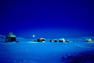 孤独星球:北极圈的壮美与孤独