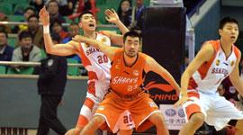 2014-15CBA第9轮-山东男篮97-88上海男篮 第二节实况