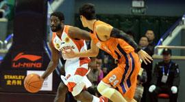 2014-15CBA第9轮-山东男篮97-88上海男篮 第一节实况