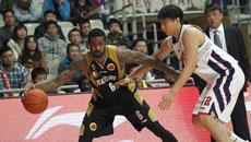 2014-15赛季CBA第28轮:上海男篮81-102山东高速男篮 第四节实况