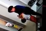 泰安:保姆虐待孩子只因着急 家政公司表示无奈