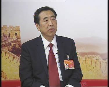 """【两会大家谈】袁仲雪:从""""中国制造2025""""中能读出什么"""