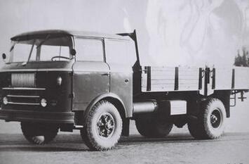 中国第一辆重型汽车诞生记