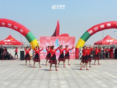 昌邑赛区——天保广场舞表演队《一曲红尘》