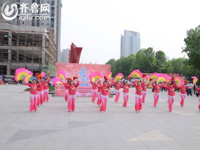 高新赛区——火炬舞蹈队《欢聚一堂》