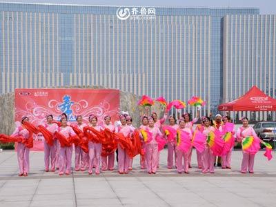 昌乐赛区——贵妇人秧歌队《开门红》