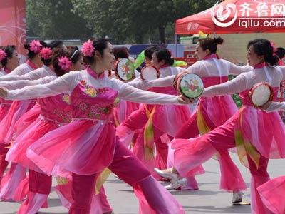 奎文赛区——广文街道中上虞社区《彩龙舞东方》