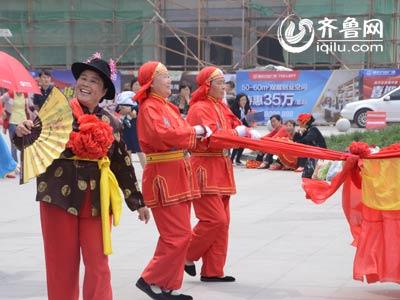 潍城赛区——西关街道开心艺术团《大花轿》
