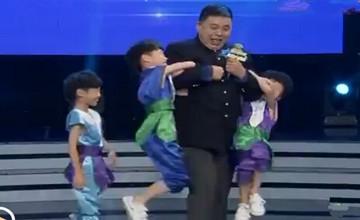 大明星:三胞胎兄弟与姜桂成跳街舞