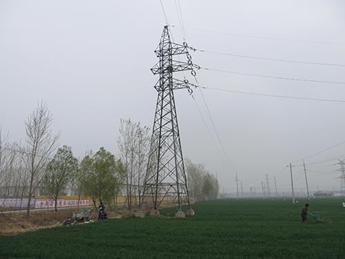 杆塔塔材是否有被盗,输电线路上是否有异物缠绕