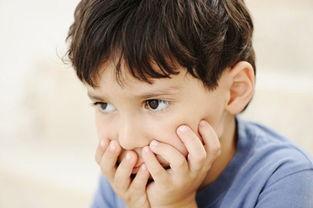 自闭症的症状主要表现在哪呢