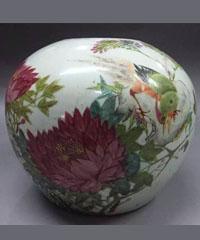 浅绛彩花鸟罐