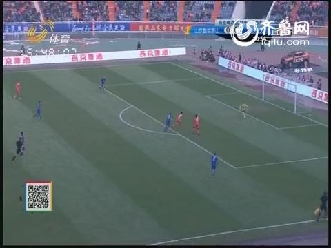 张文钊洛维前场断球 射门遗憾被挡